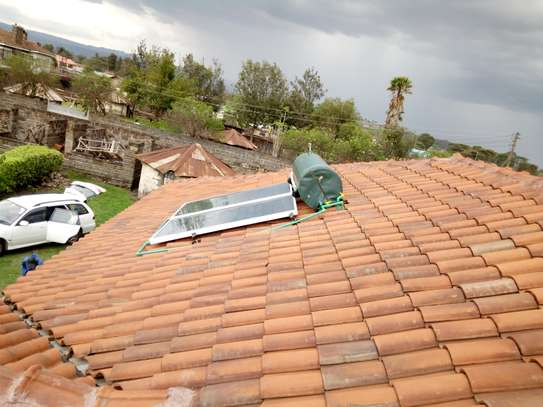 300 litre Sunraserg Solar Water Heating System image 6