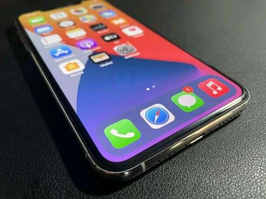 Apple Iphone 11 Pro Max Silver [ 512 Gigabytes ] image 2