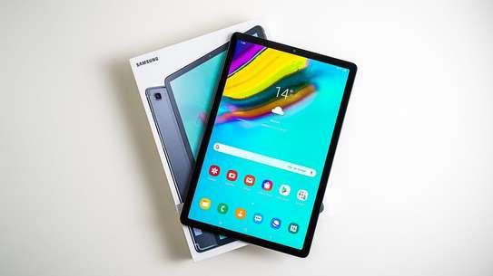 Samsung Galaxy Tab S5e image 3
