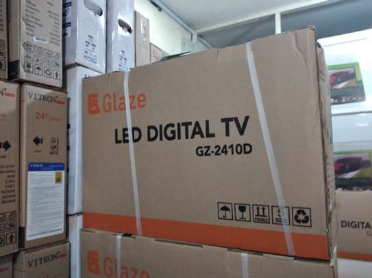 Glaze 24inch digital TV image 1