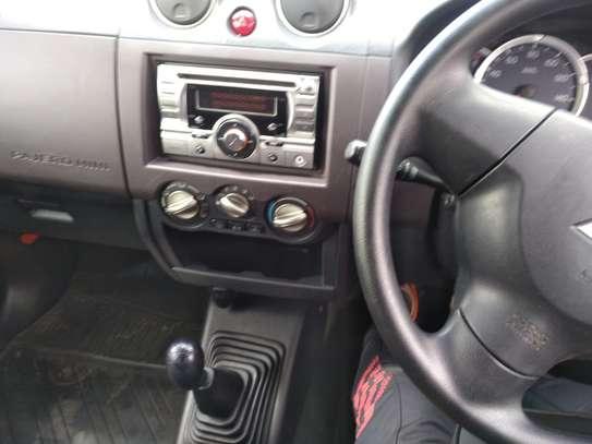 Mitsubishi Mini Pajero image 9