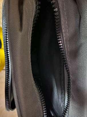 shoulder bag image 2