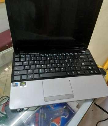 Laptop Asus Eee PC 1215N 4GB Intel Atom HDD 320GB image 3
