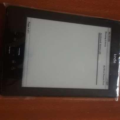 Kindle 4 e-reader image 4