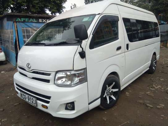 14/11 Seater Executive Van
