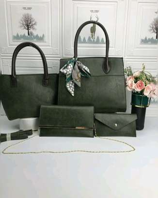 4 in 1 handbag image 1