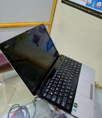 Laptop Asus Eee PC 1215N 4GB Intel Atom HDD 320GB image 1