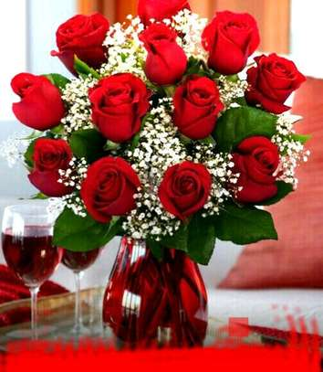 Fresh Roses/Flowers/Flower bouquets image 9