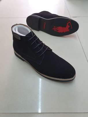 Men laced polo boots