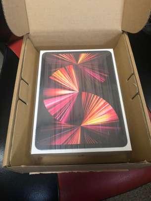 Apple iPad Pro 11 256GB with M1 Chipset (2021) image 3