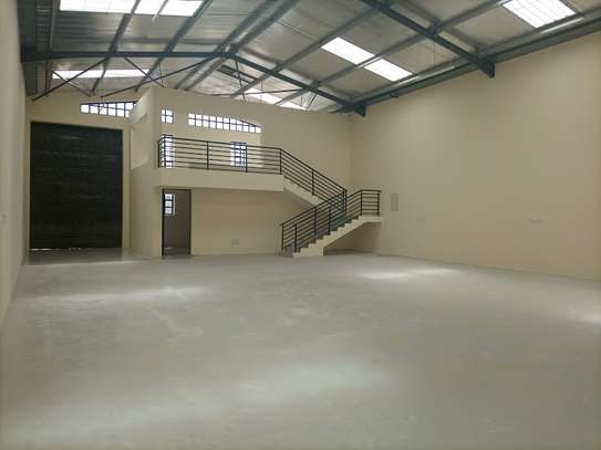 3000 ft² warehouse for rent in Mlolongo image 1
