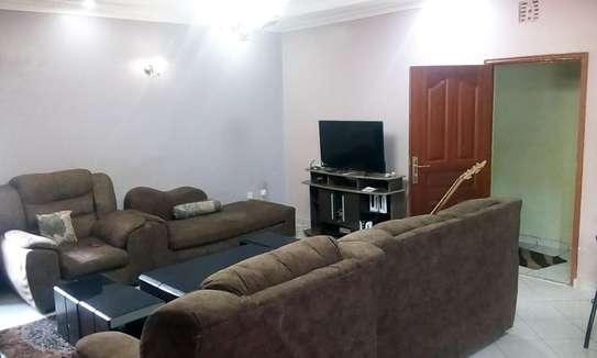 6 Bedroomed stand alone maisonette image 10