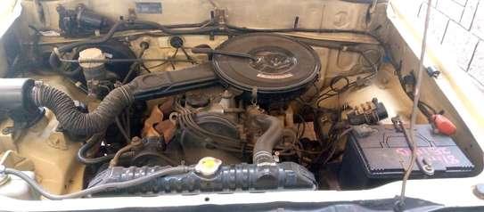Mitsubishi L200 image 2