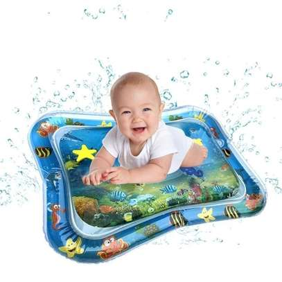 Baby inflatable water play mat. image 3