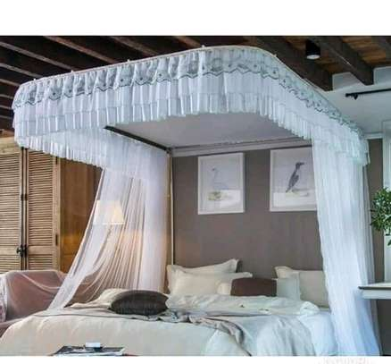 2Stand Mosquito Nets image 1