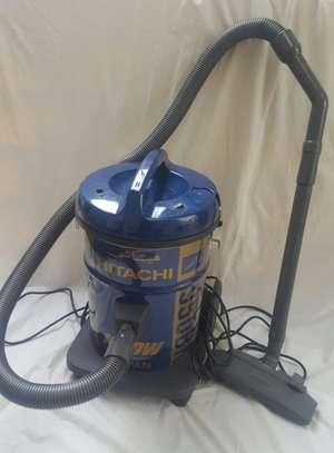 Hitachi Hoover High Power Vacuum Cleaner image 1