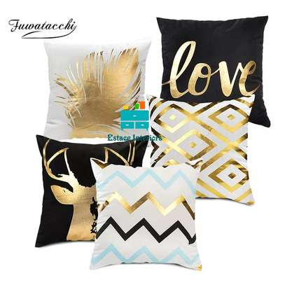 Home sparkling Throw pillows image 1