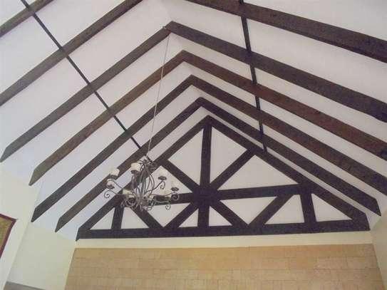 Furnished 3 bedroom villa for rent in Runda image 8