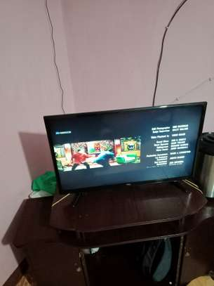 TCL digital TV 32 inch image 1