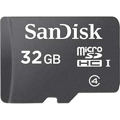 32gb Sandisk Mem Card image 1