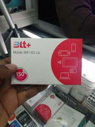 LTE   portable mifi image 1