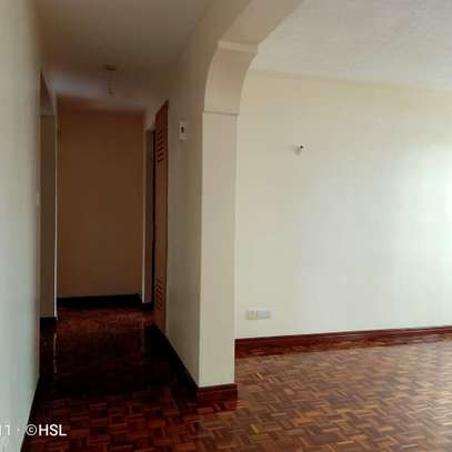 AN EXCELLENT 2 BEDROOMS APARTMENT image 1