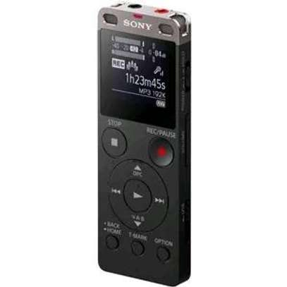 sony icd-ux560 voice recorder image 1