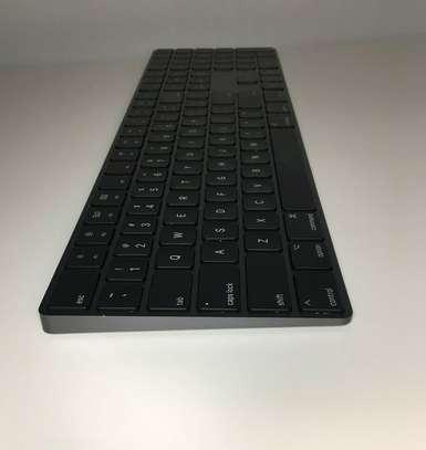 Apple Magic Keyboard Numeric Keypad (Wireless, Rechargable) image 2