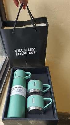 Vacuum Flask Gift Set image 4