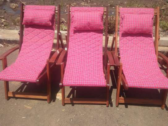 Deck chair image 3