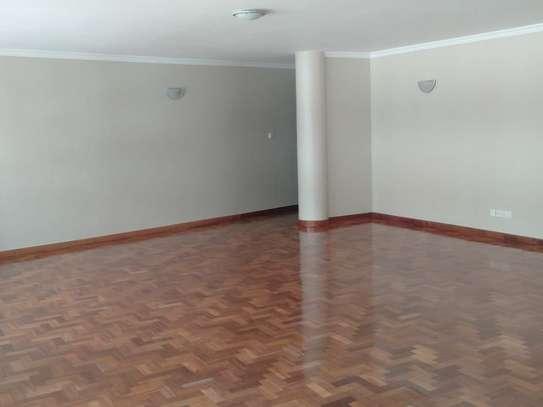 Riverside - Flat & Apartment image 5