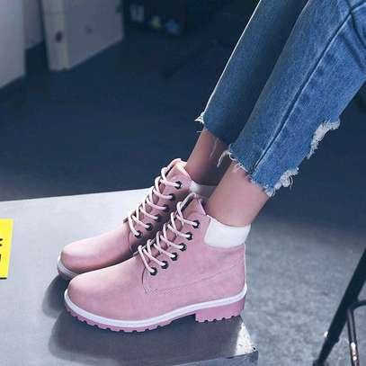 Ladies fashion boots image 2