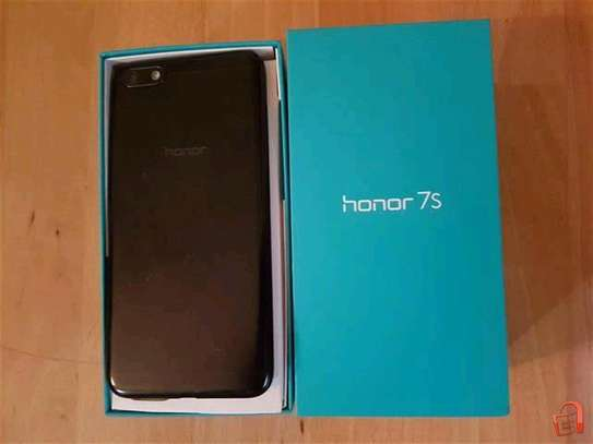 Honor 7s 2gb RAM and 16gb rom