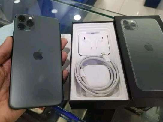 Apple iPhone 11 Pro Max 512GB Green image 4