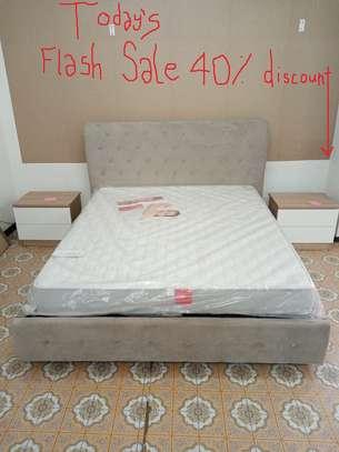 Italian modern Chester bed image 1