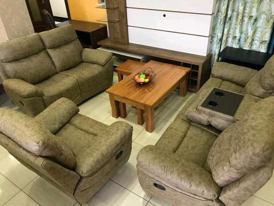 6 Seater Recliner Sofaset With Center Console image 2
