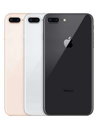 iPhone 8 Plus 64GB Refurbished (Boxed and Sealed) image 3