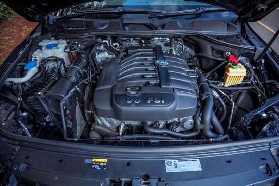 Volkswagen Touareg image 13