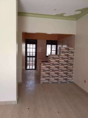 Vacant  2 Bedroom House In South C