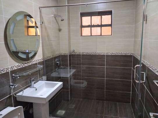 2 bedroom apartment for rent in Rhapta Road image 18