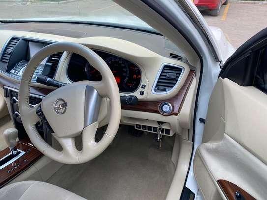 Nissan Teana image 4