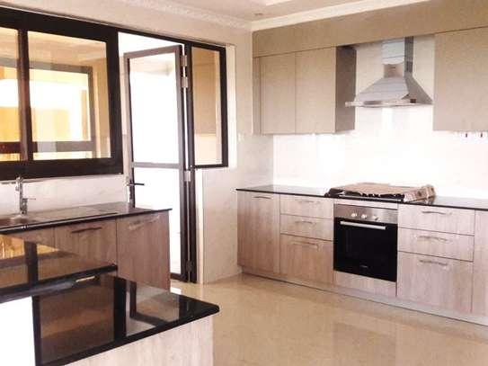 Parklands - Flat & Apartment image 10