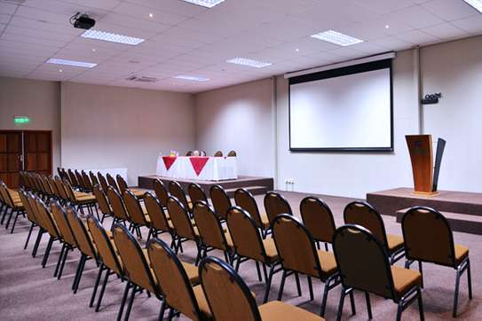 """Electric Projection Screen best for Churches, Boardroom,Schools.84x84"""" image 1"""