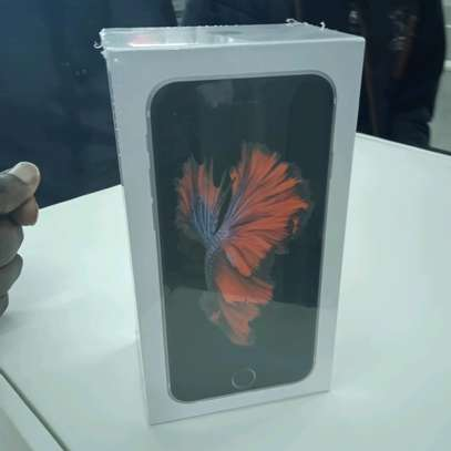 Iphone 6S 64gb new(Shop) with delivery image 2