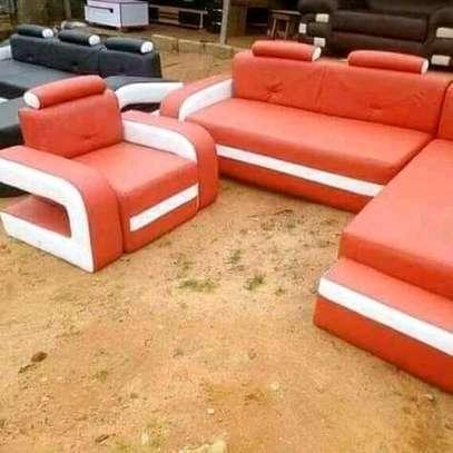 Beautiful Contemporary Quality Corner Seat + Single Sofa image 1