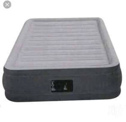 Air bed size 4*6ft