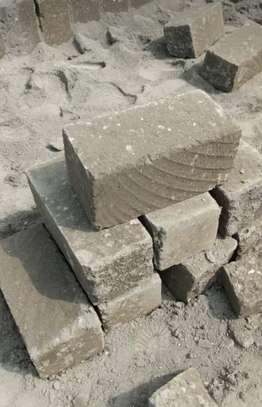 Machine Cut Stones supplier/ndarugo bricks image 3
