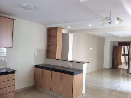 Ruaka - Flat & Apartment image 12