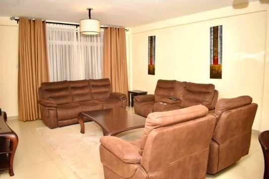 Furnished 3 bedroom apartment for rent in Kilimani image 3