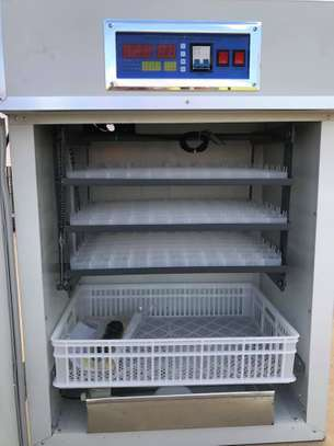Poultry Chicken Incubators Hatchery 264 Eggs Capacity Full Automatic image 3